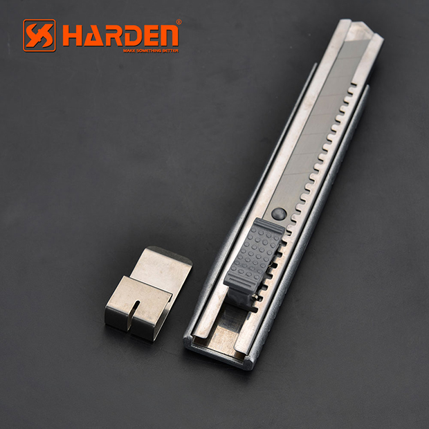 570302- Harden 18mm Heavy Duty Zinc Alloy Knife